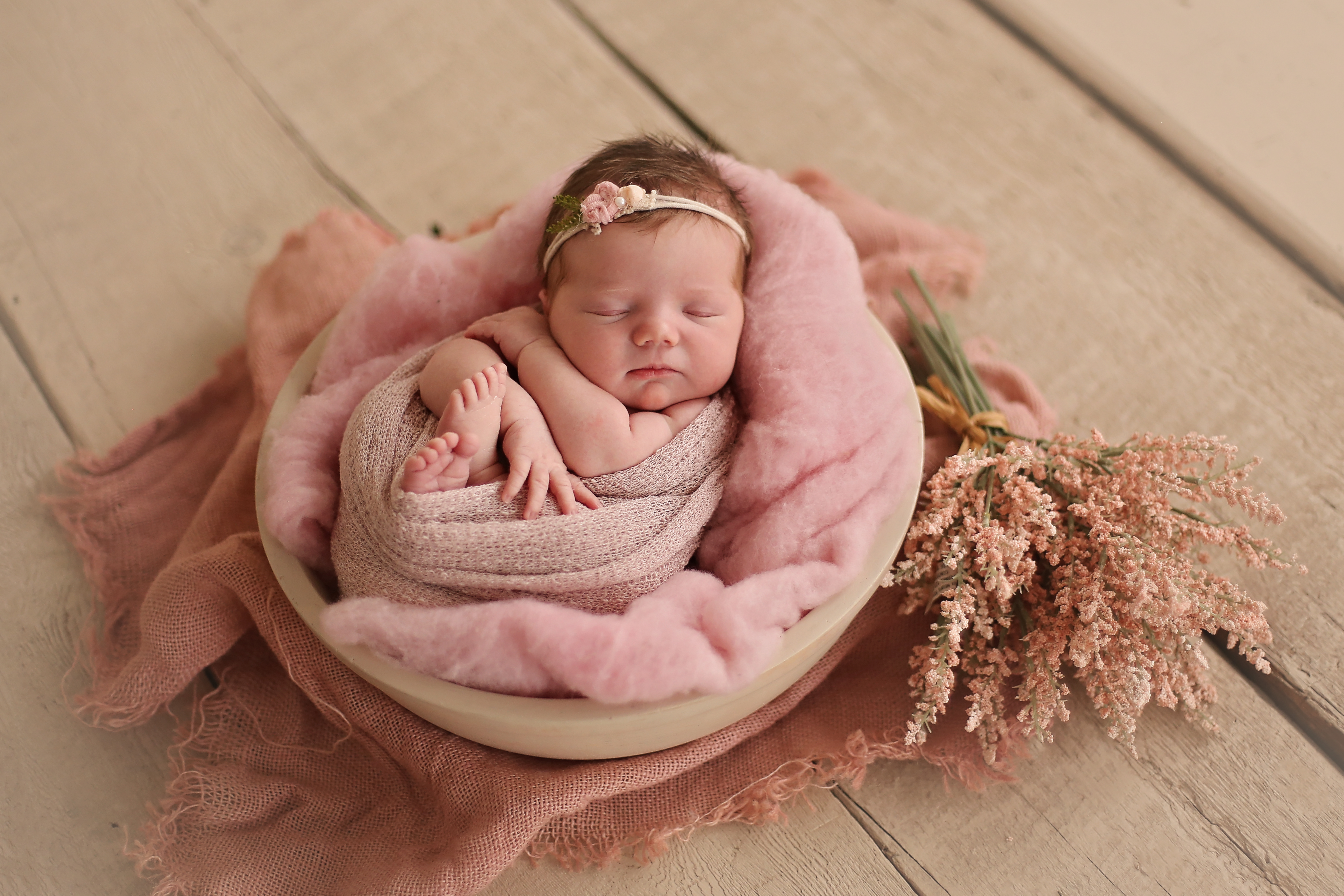 Stella ella ola newborn 2017 brantford ontario canada ontario newborn photographer